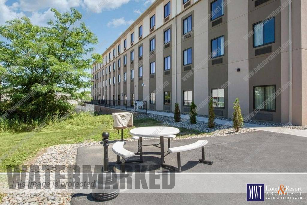 SLEEP INN & SUITES - CHOICE HOTELS - MIDDLETOWN NY Outdoor Area